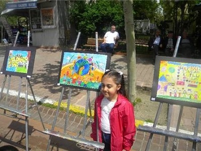 TEKİRDAĞ'DA 'Yurtta Barış Dünyada Barış' RESİM SERGİSİ